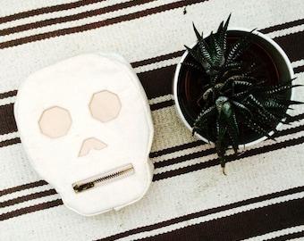 Calavera (Skull) Pouch- White canvas bag with zipper closure