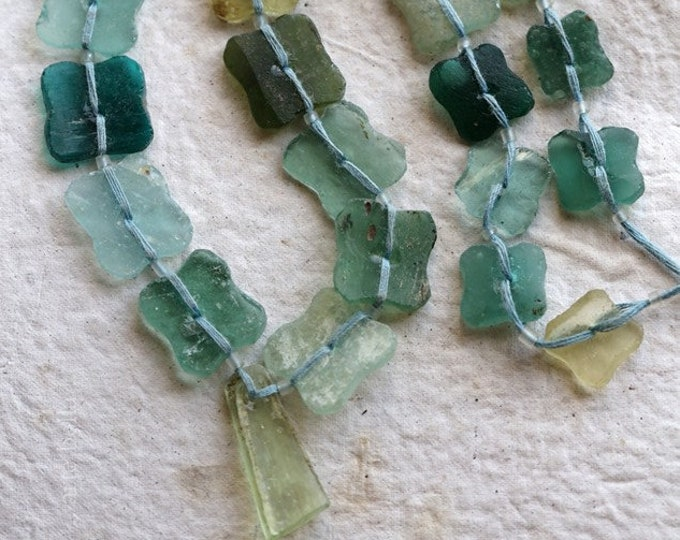 ANCIENT ROMAN GLASS Beads No. 381 .. Genuine Antique Ancient Roman Glass Butterfly Flower Beads (rg-381)