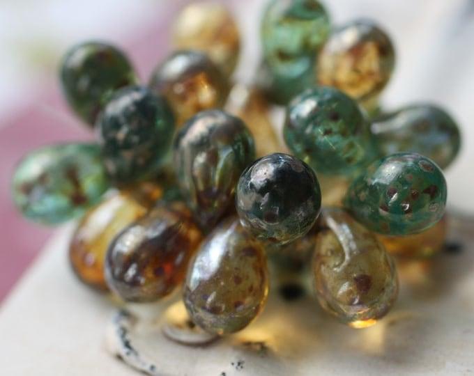 BEACHY DRIPS No. 1 .. 25 Premium Picasso Czech Glass Drop Beads 6x9mm (2546-st)