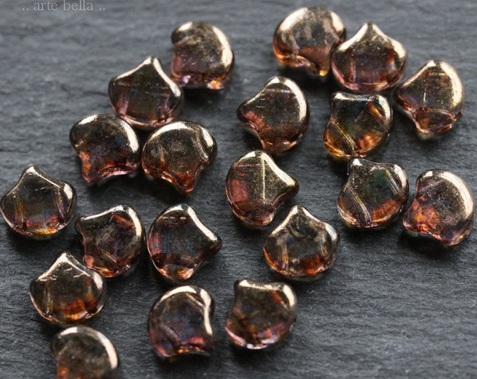 BRONZE GINKGO LEAVES .. 20 Premium Matubo Picasso Czech Glass Leaf Beads 7.5mm (7113-20)