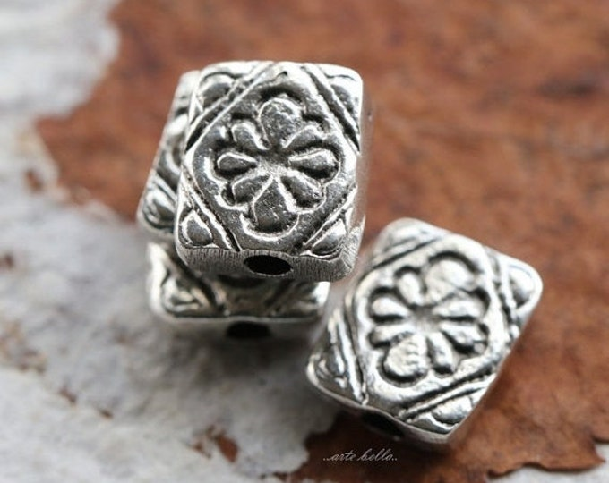 METAL POSIES .. 2 Mykonos Greek Flower Charm Beads 10x11mm (M88-2)