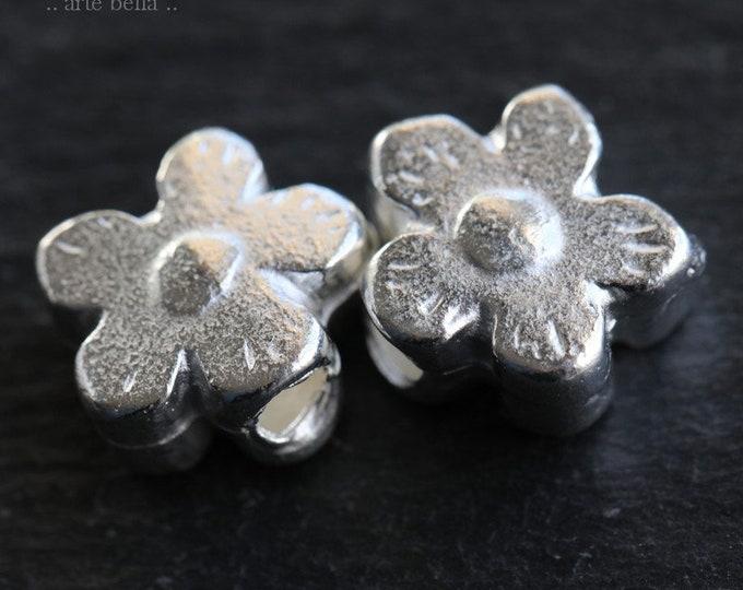 SILVER POSIES No. 207 .. New 2 Mykonos Greek Flower Charm Beads 12mm (M207-2)