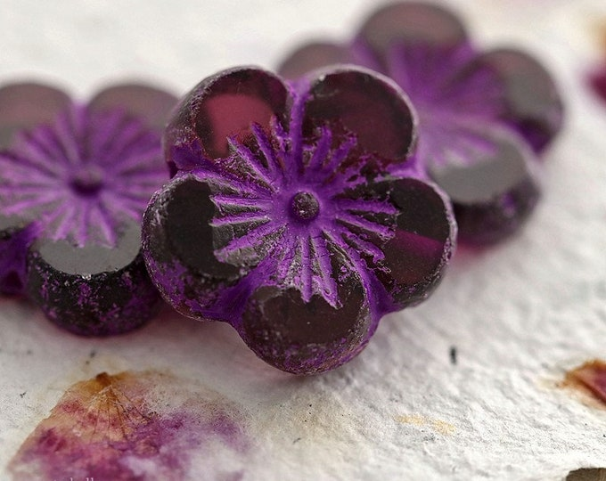 RUSTIC PURPLE BLOOMS .. New 2 Premium Etched Czech Glass Hibiscus Flower Bead 21mm (8938-2)