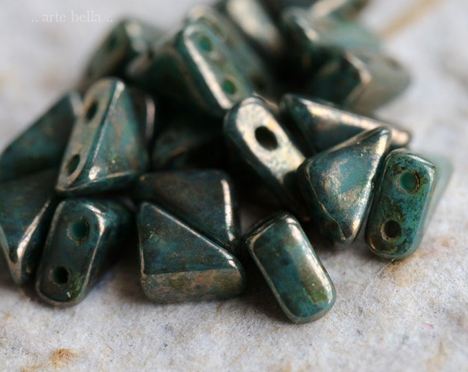 sale .. PERSIAN TANGO .. 20 Premium Picasso Glass Czech Tango Triangle Beads 6mm (6441-20)