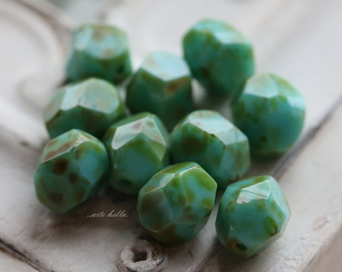 last ones .. MOSS TURQUOISE NUGGETS No. 1 .. 10 Premium Picasso Czech Faceted Glass Beads 8mm (4941-10)
