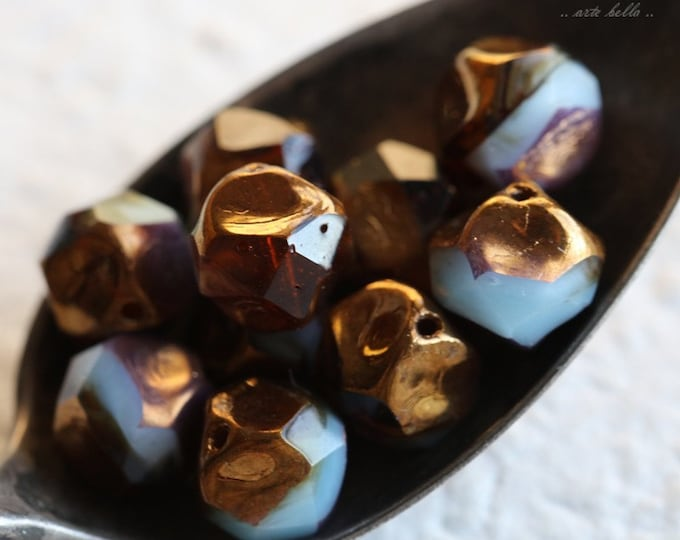 sale .. GILDED MOUNTAIN AIR .. 10 Premium Picasso Czech Glass Central Cut Beads 9mm (5543-10)