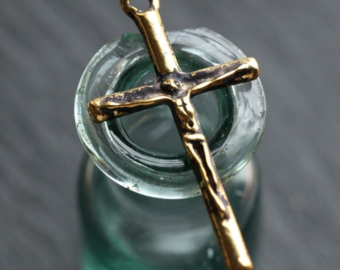 ANTIQUE GOLD CRUCIFIX No. 209 .. New 2 Mykonos Greek Crucifix Cross 32x16mm (M222-2)