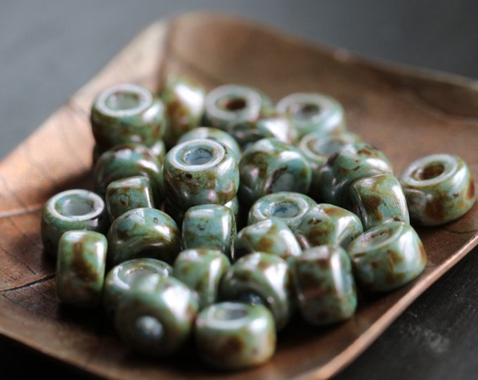 BLUE SAGE SEEDS .. 30 Premium Picasso Matubo Czech Glass Seed Beads Size 2/0 (8381-30)
