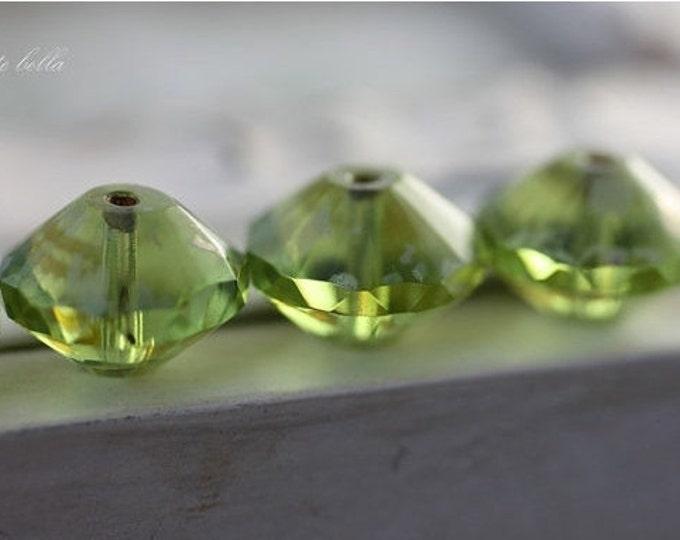 WICKED APPLES .. 6 Picasso Czech Glass Rivoli Bead 13x10mm (2459-6)