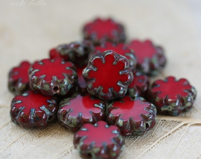 Last ones .. RED BLOOMS .. 13 Premium Picasso Czech Glass Flower Beads 9x3mm (3590-13)