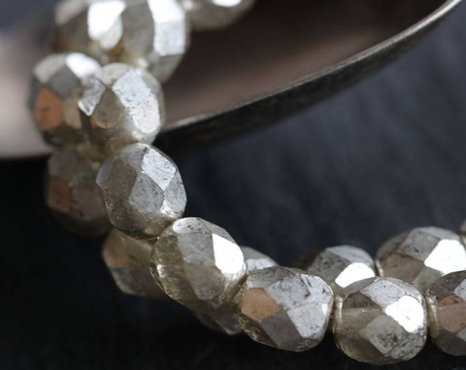 SILVERED PEBBLES .. 25 Premium Faceted Czech Glass Beads 6mm (6057-st)