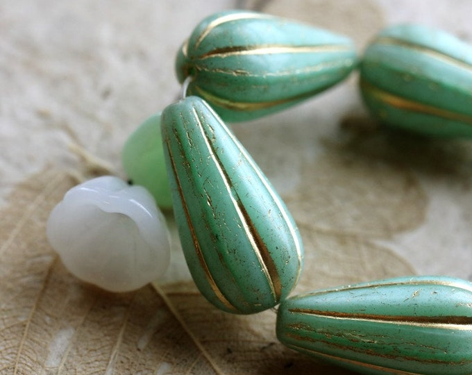 GOLDEN MINT MELON Drops No. 2 .. 6 Premium Czech Glass Melon Drop Beads 22x11mm (8453-st)