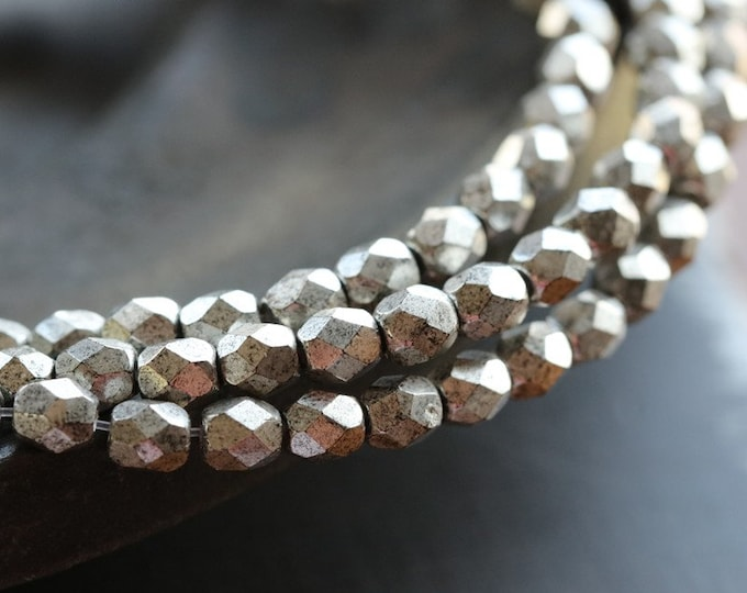 ANTIQUE SILVER PETITES .. 50 Premium Czech Glass Faceted Round Beads 4mm (7847-st)
