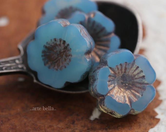 GILDED BLUE PANSIES .. 4 Picasso Czech Glass Flower Beads 14mm (6017-4)