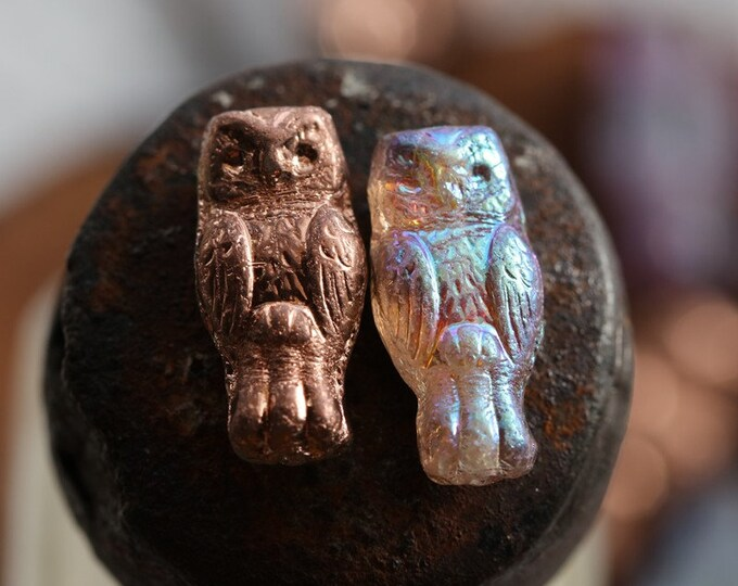 MYSTIC COPPER HOOTS .. New 10 Premium Czech Glass Owl Beads 15x7mm (8707-10)