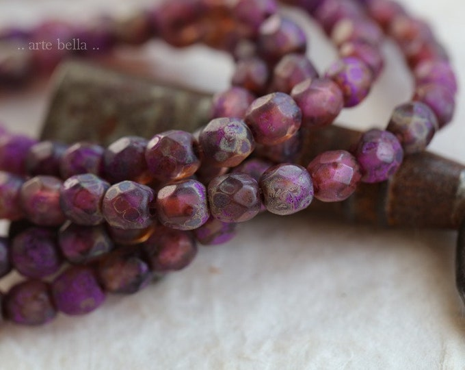 BOYSENBERRY 4mm .. 50 Etched Picasso Czech Glass Faceted Round Beads (7296-st)
