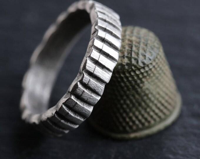 sale .. RIDGED RING .. 1 Mykonos Greek Ridged Ring 24x5mm (M171-1)