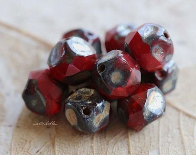 VAMP NUGGETS No. 1 .. 10 Premium Picasso Czech Glass Central Cut Beads 8mm (5188-10)