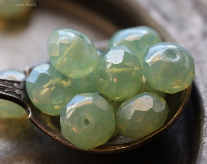 GREEN CASHMERE .. 10 Premium Picasso Czech Glass Rondelle Beads 6x8mm (4880-10)