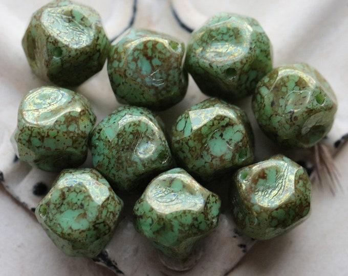 GOLDEN GREEN NUGGETS .. 10 Premium Picasso Czech Glass Central Cut Beads 9mm (7908-10)