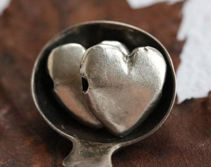 PEWTER PUFFY HEARTS No. 250 .. 4 Mykonos Greek Puffy Heart Pendant Charm Bead 14x15mm (M250-4)