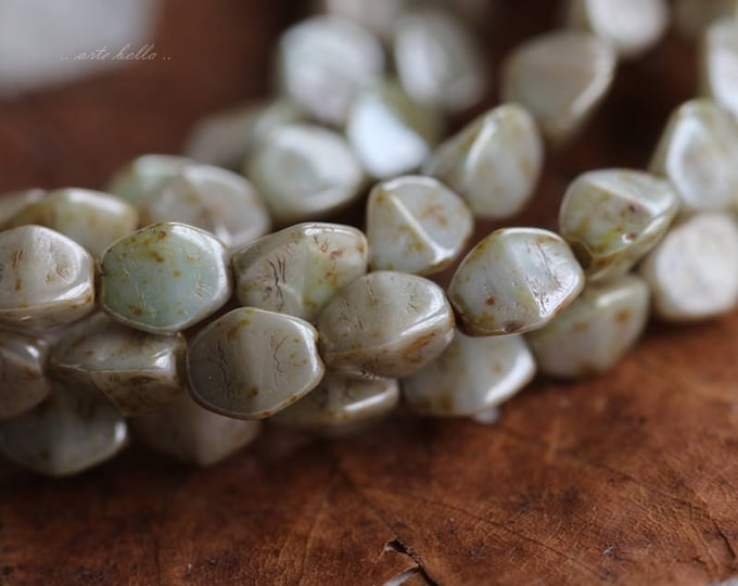 last ones .. PINCHED SAGE No. 2 .. 50 Premium Czech Glass Pinch Beads 3x5mm (5847-50)