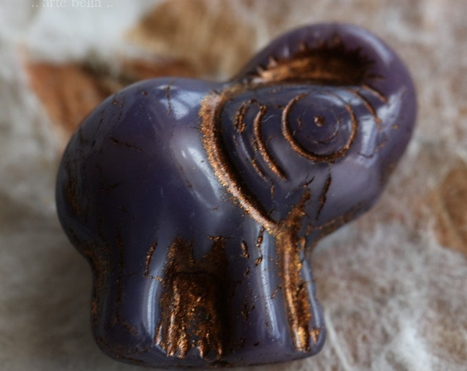 sale .. BRONZE GRAPE ELLE No. 2 .. 2 Premium Picasso Czech Glass Elephant Beads 20x23mm (6456-2)