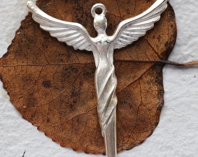 WINGED GODDESS No. 247 .. 1 Silver Mykonos Winged Goddess Angel Pendant 51x41mm (M247-1)