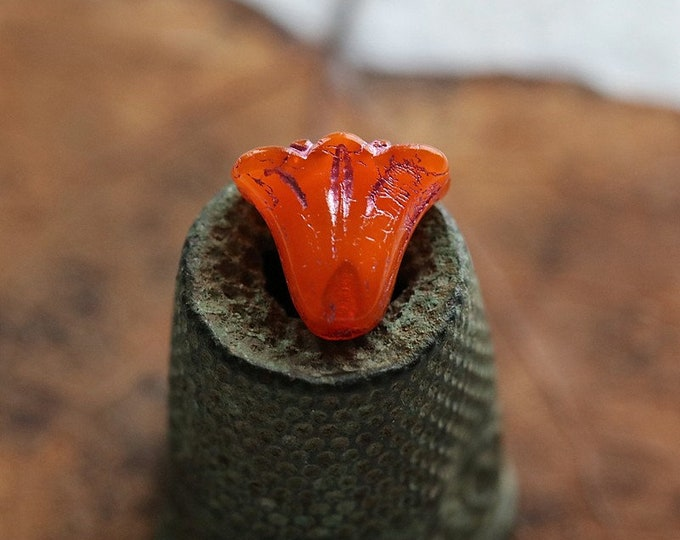 PINK TANGERINE TULIPS .. New 10 Premium Czech Glass Lily Flower Beads 9x10mm (8527-10)