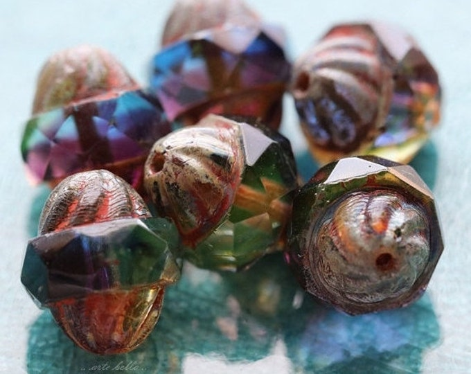 ROYALTY TWIST .. 10 Premium Picasso Czech Glass Turbine Beads 10x11mm (5266-10)