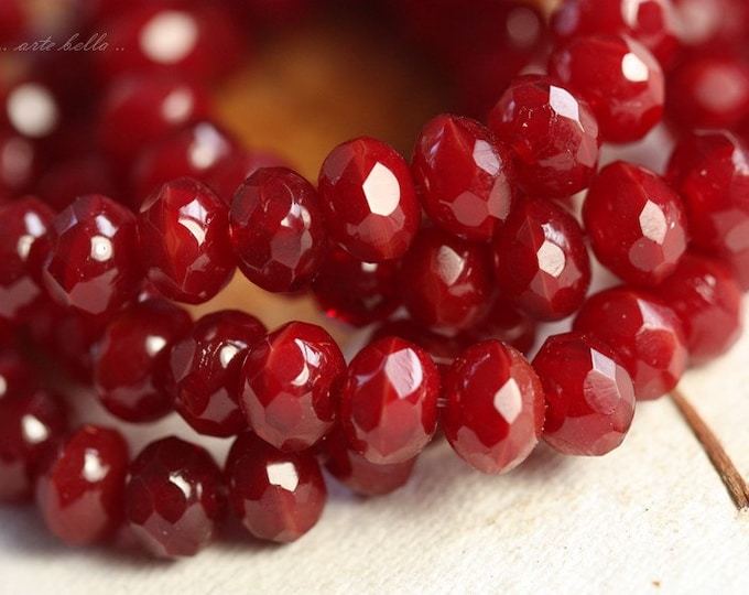 CANDY APPLE REDS .. 10 Premium Picasso Czech Rondelle Glass Beads 5x7mm (B13-10)