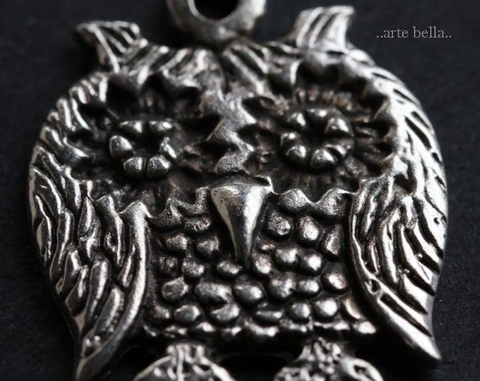 HOOTS No. 5 .. 1 Mykonos Greek Owl Pendant 25mm (M182-1)