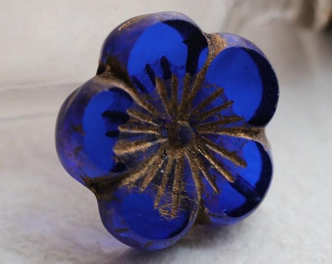 GOLDEN SAPPHIRE BLOOMS .. 1 Premium Picasso Czech Glass Flower Beads 22mm (7120-1)