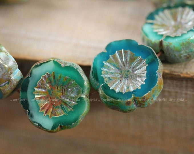 OCEAN WAVE PANSIES .. 4 Premium Picasso Czech Glass Hibiscus Beads 14mm (4020-4)