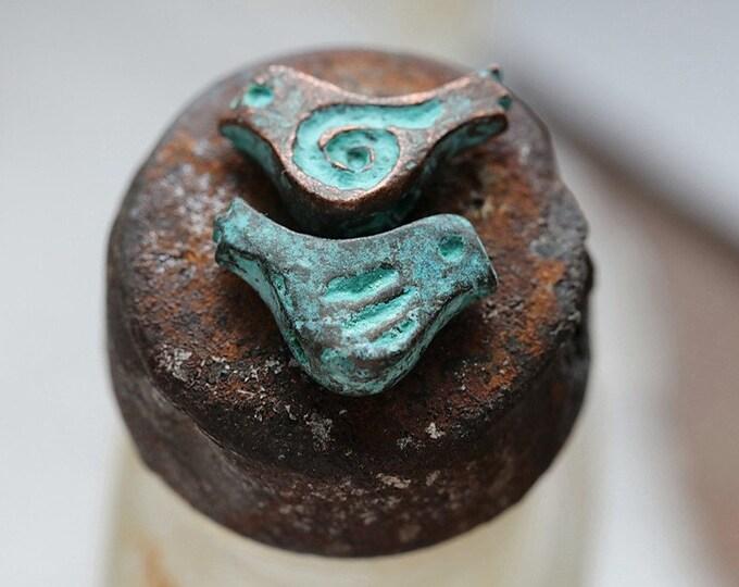 CHIRP No. 135 .. 4 Mykonos Greek Copper Patina Flying Bird Charm Beads 12mm (M135-4)