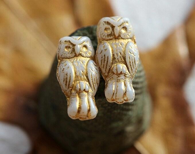 last ones .. GOLDEN WHITE HOOTS .. 10 Premium Czech Glass Owl Beads 15x7mm (8706-10)