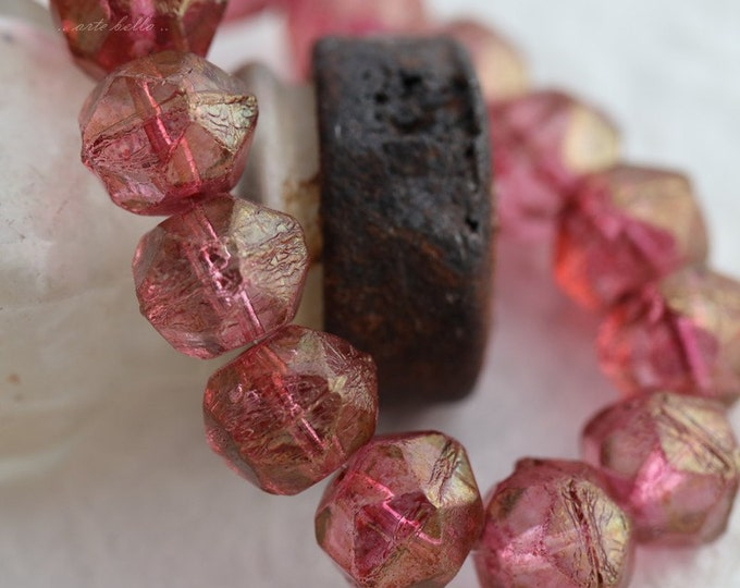 sale .. RASPBERRY NUGGETS .. 10 Picasso Czech Glass English Cut Beads 10mm (5661-10)