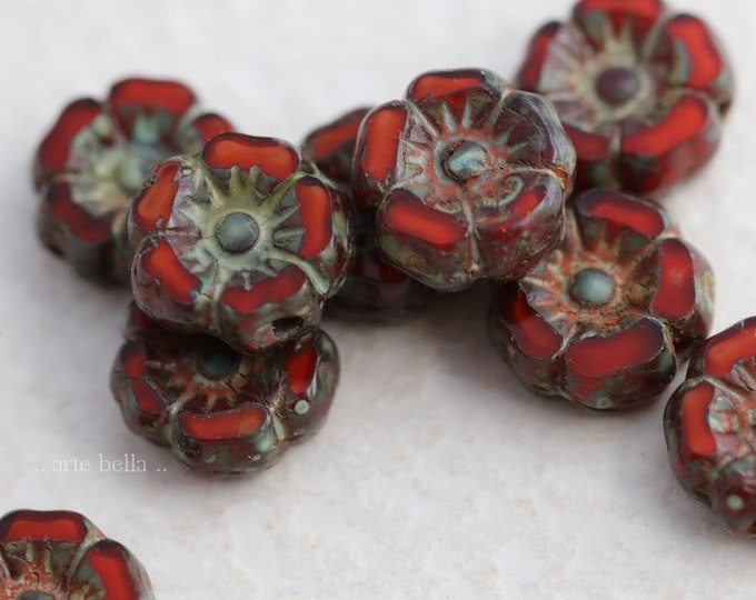 RIPE PANSY 7mm .. 10 Premium Picasso Czech Glass Hibiscus Flower Beads (7946-10)