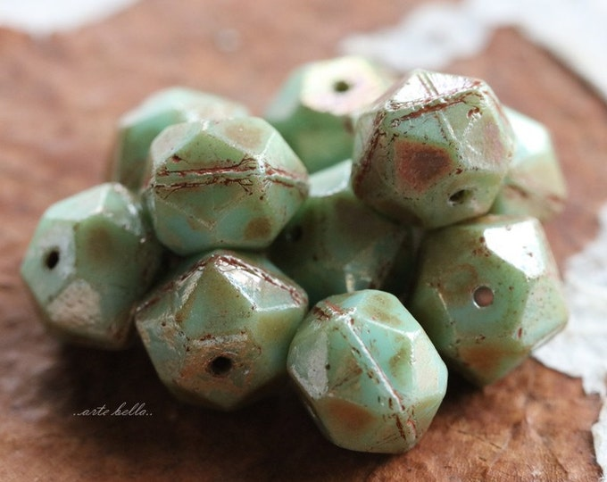 sale .. MINT MAGIC NUGGETS 10mm .. 10 Picasso Czech Glass English Cut Beads 10mm (5677-10)