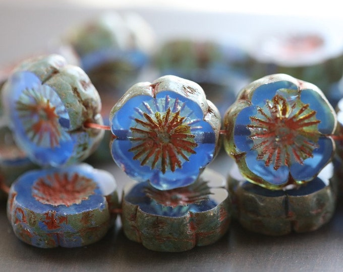 SAPPHIRE PANSIES .. 4 Premium Picasso Czech Glass Hibiscus Flower Beads 14-15mm (4659-4)