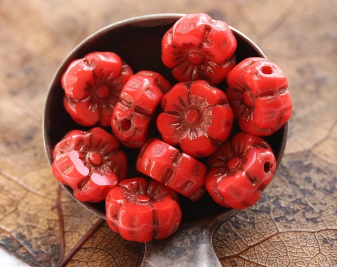 BRONZED RED PANSY 7mm .. 10 Premium Picasso Czech Glass Hibiscus Flower Beads (7962-10)