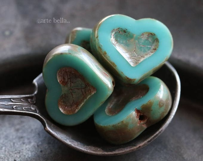 TURQUOISE THUMPER No. 2 .. 4 Premium Picasso Czech Heart Beads 14x12mm (6077-4)