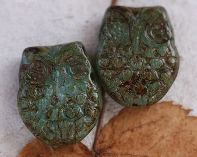sale .. BLUE  HOOTS .. 2 Premium Picasso Czech Glass Owl Beads 18x15mm (4370-2)