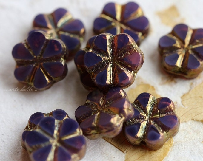 GILDED BLUEBERRY BLOOMS .. 10 Picasso Czech Flower Glass Beads 10x3mm (5281-10)