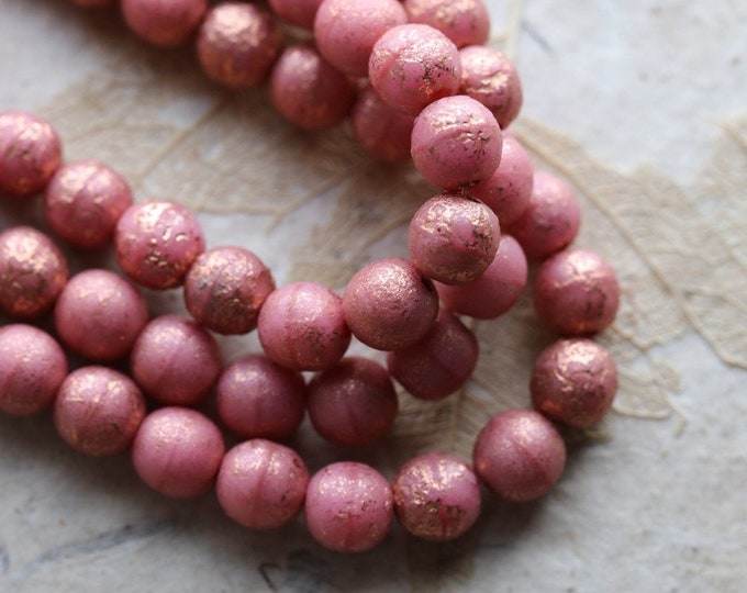 COPPER DUSTY ROSE 6mm .. 30 Premium Picasso Czech Glass Etched Druk Beads (7746-st)