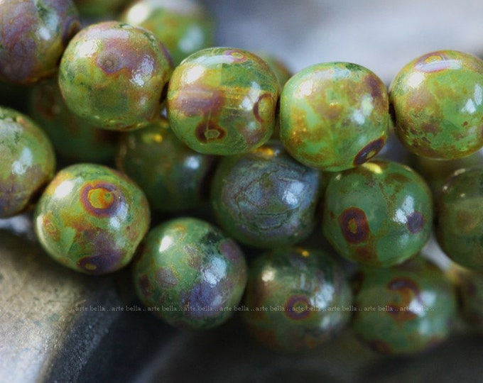 sale .. SPRING GREEN MARBLES  ..  Picasso Czech Druk Glass Beads 6mm (4079)