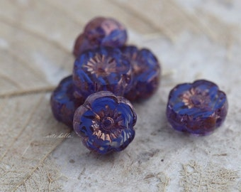 VIOLET PANSY No. 4 .. 6 Picasso Czech Glass Flower Beads 8.5-9mm (5379-6)