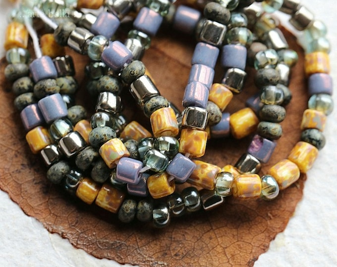"""SILVERED VIOLET SEEDS .. 21"""" Premium Picasso Czech Glass Aged Seed Tube Bead Mix Size 6/0 (8226-st)"""
