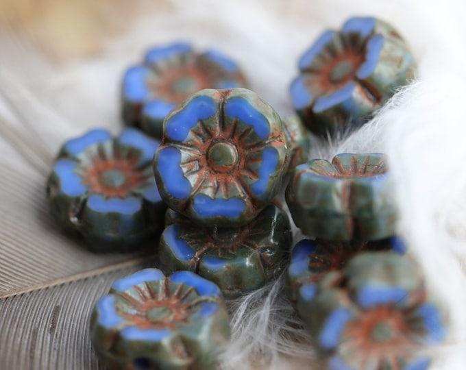 DENIM BLUE PANSY 7mm .. 12 Premium Picasso Czech Glass Hibiscus Flower Beads (7944-12)