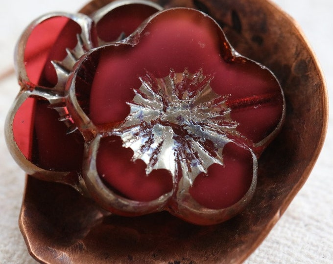 SILVERED RASPBERRY BLOOMS .. 2 Premium Picasso Czech Glass Flower Beads 20mm (7775-2)